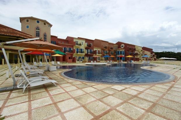 St. Tropez Resort, Balesin