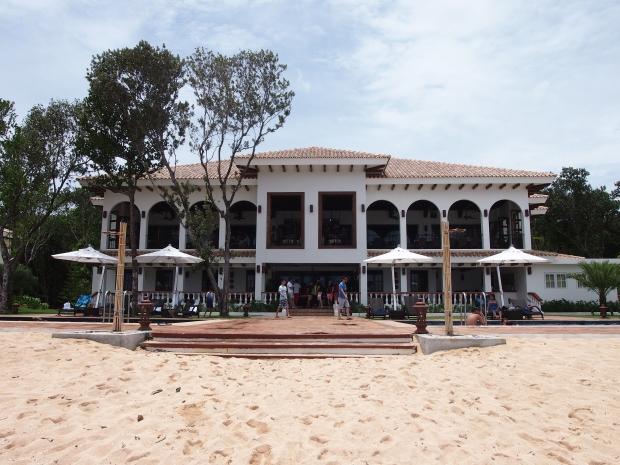Balesin resort